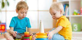 استعداد بعضی از کودکان کاملا برای اطرافیان قابل مشاهده است اما برخی دیگر ممکن است استعدادهای پنهانی داشته باشند که در قالب پرحرفی، خیال بافی، انرژی زیاد و یا حتی سورفتار خودشان را نشان دهند. در این مقاله سعی می کنیم شما را با نشانه های استعداد پنهان کودک کودک به طبقه بندی اشیا علاقه […]